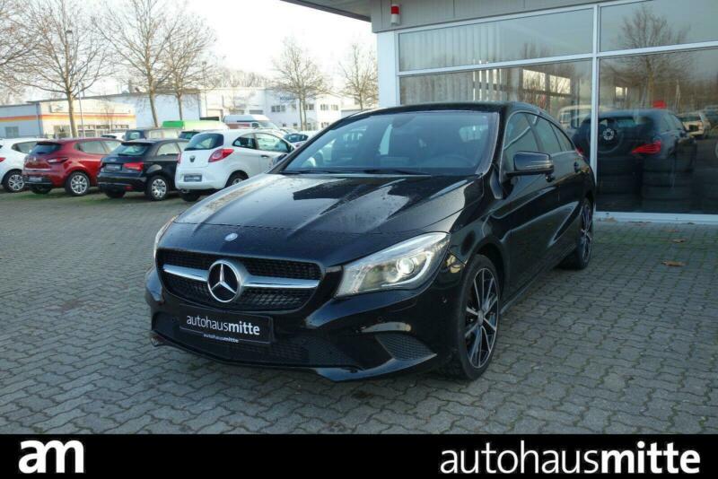 Mercedes-Benz CLA Shooting Brake 180 Urban